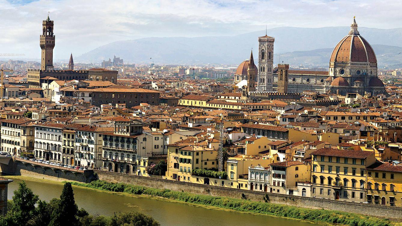 Foto: Vista de Florencia desde el otro lado de la orilla del río Arno.