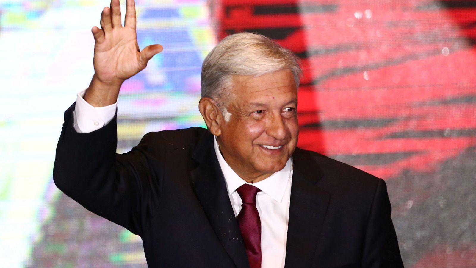 Foto: El candidato Andrés Manuel López Obrador se dirige a sus seguidores tras ganar las elecciones en México. (Reuters)