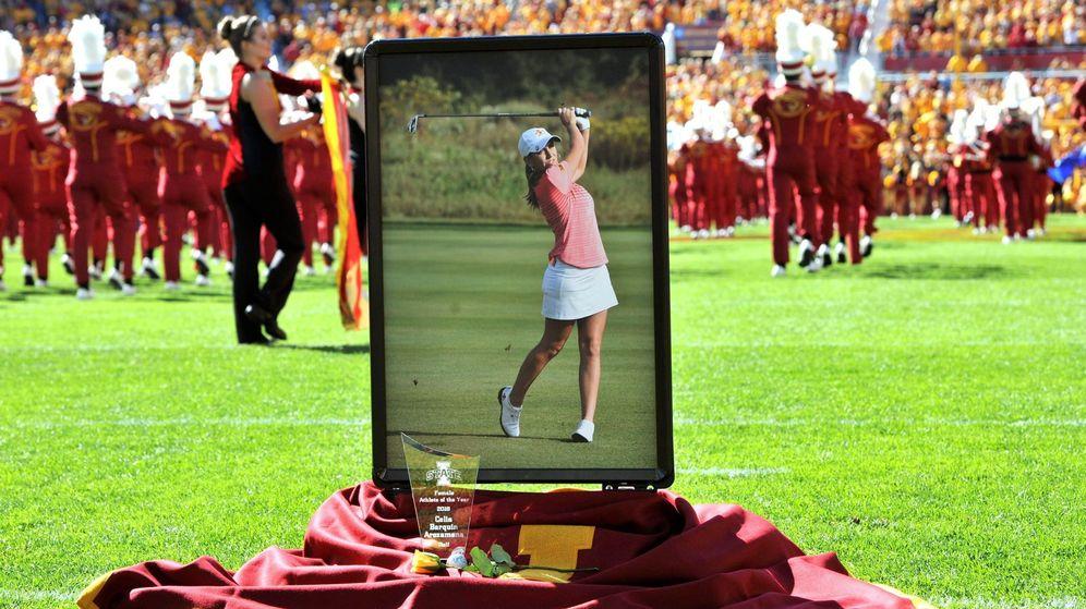 Foto: Imagen del homenaje Celia Barquín en su universidad. (EFE)