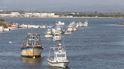 Seis detenidos e intervenidos 3.700 kilos de hachís en un barco recreativo en Ayamonte