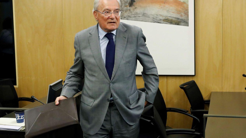 Unicaja deja atada la futura sucesión de Azuaga en la inminente fusión con Liberbank