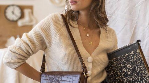Por solo 12 € puedes tener este bolso de piel que imita cocodrilo de Pimkie para elevar tus looks