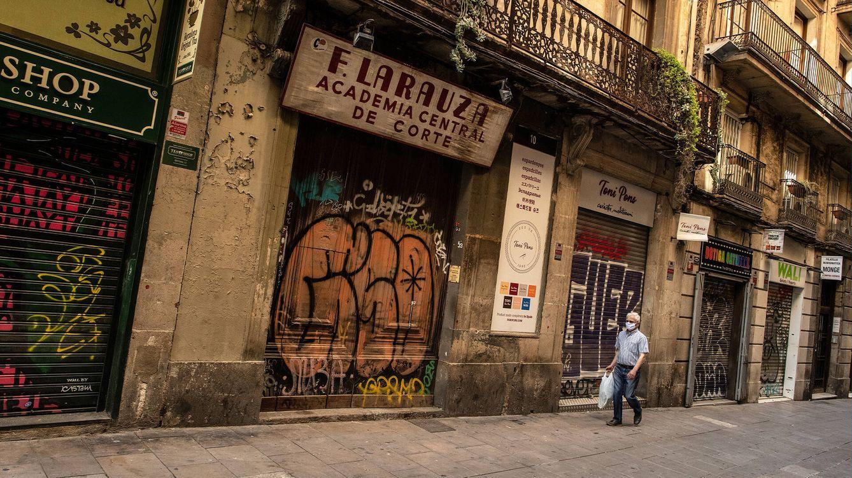 Foto: Tiendas cerradas en Barcelona, en mayo de 2020. (Getty)