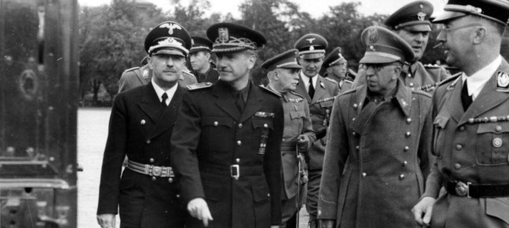 Foto: Ramón Serrano Suñer (segundo por la izquierda) y Heinrich Himmler (primero por la derecha) en 1940 en Berlín