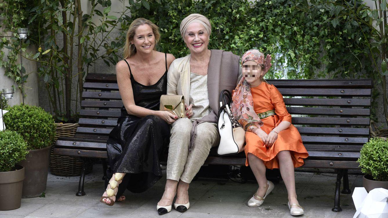 Foto: Fiona Ferrer junto a su madre en un acto de 'Juegaterapia' (Gtres)