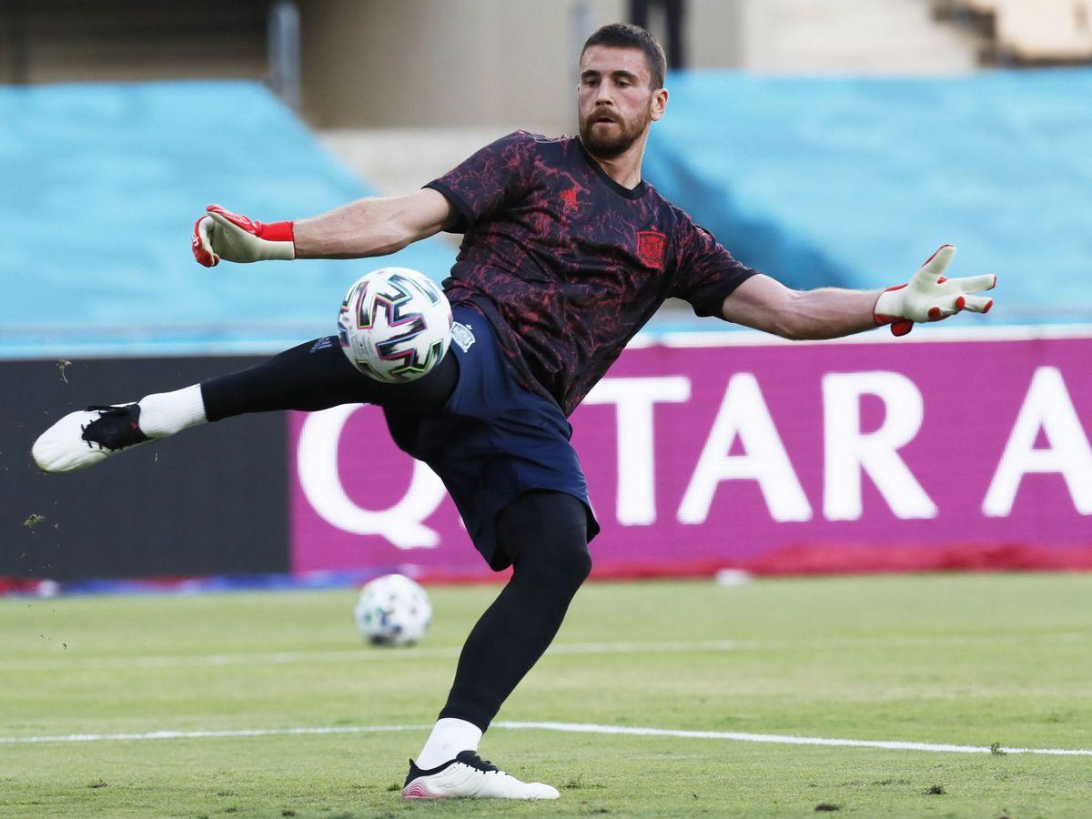 Foto: Unai Simón en un entrenamiento con la Selección española en la Eurocopa. (Efe)