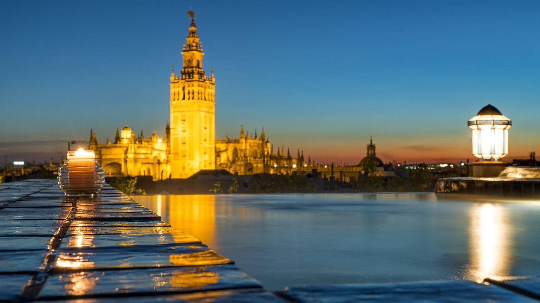 Lo mejor de Sevilla (o casi) desde la casa palacio de Ancient Baths, con su baño infinito.