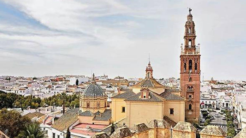 Carmona, así es el pueblo donde se quiere retirar Cayetano Martínez de Irujo