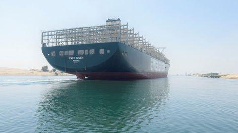 El Ever Given cruza el canal de Suez sin problemas tras bloquearlo en marzo