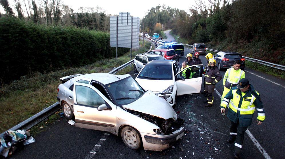 Foto: La caída de víctimas en carreteras cumple un registro histórico. (EFE)
