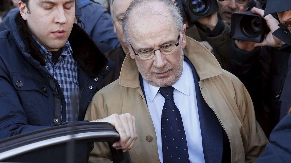 Foto: Rodrigo Rato, tras declarar en los juzgados. (Reuters)