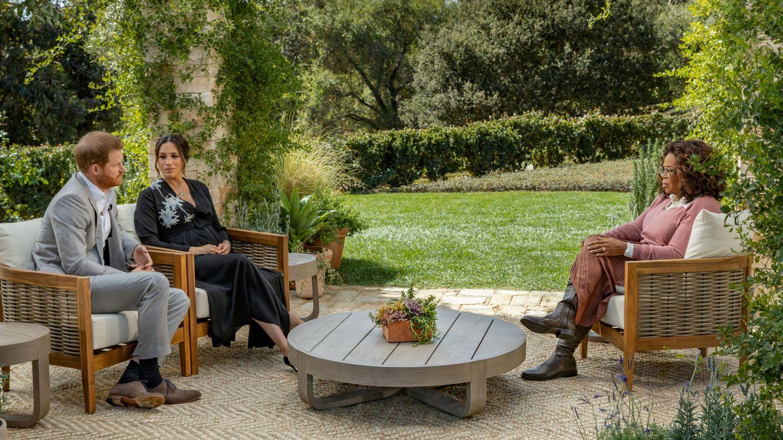 Oprah fue la encargada de entrevistar a los Sussex, con los que mantiene una relación de amistad. (Reuters)