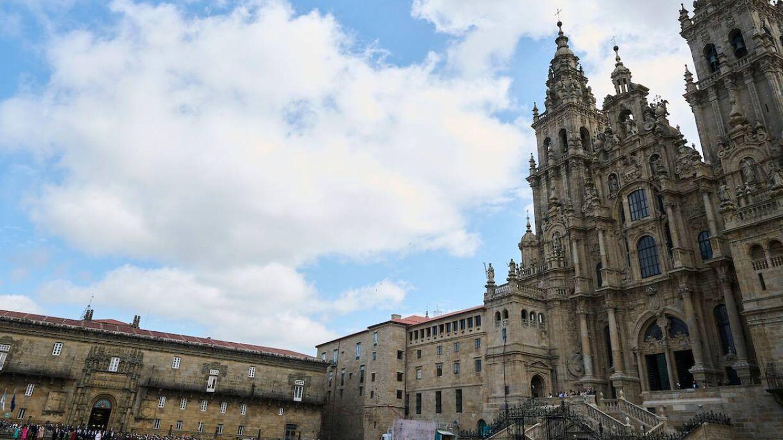 Catedral de Santiago de Compostela. (Limited Pictures)