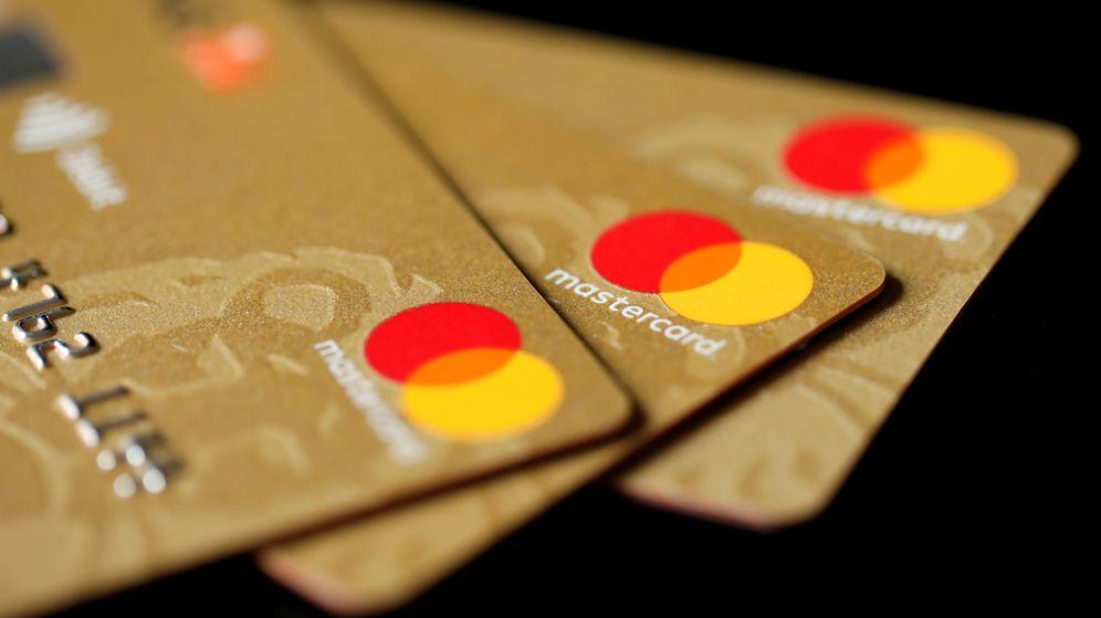 Foto: Imagen de archivo de unas tarjetas de crédito. (Reuters)