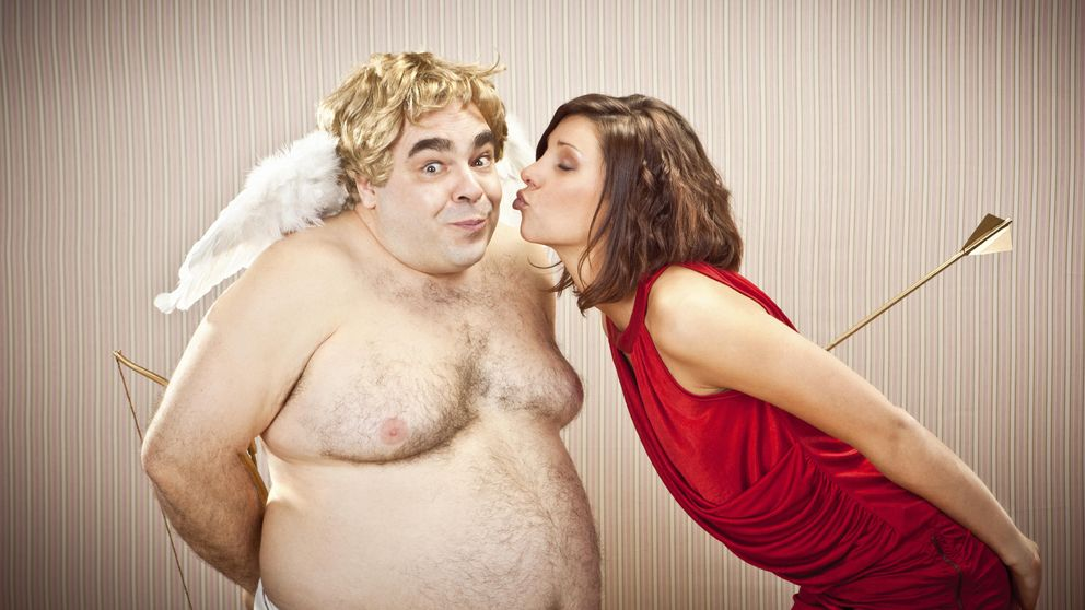 Es así: por qué a las mujeres les atraen más los gordos que los bajitos
