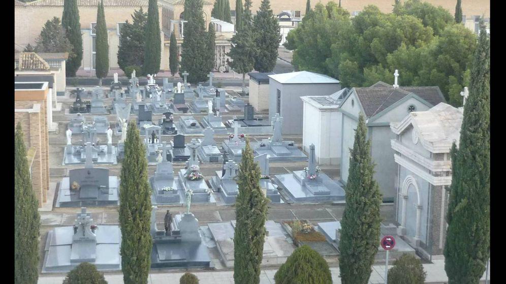 Foto: El cementerio de Torrero, donde se han producido tres profanaciones de tumbas. (Ayuntamiento de Zaragoza)