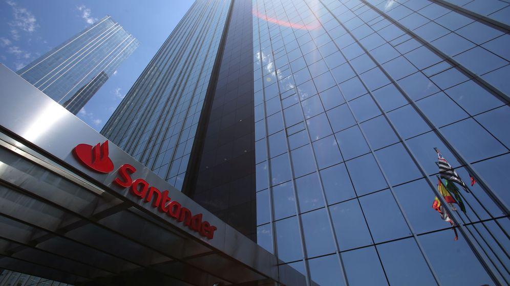 Foto: Una de las sedes del Banco Santander en el mundo. (Reuters)