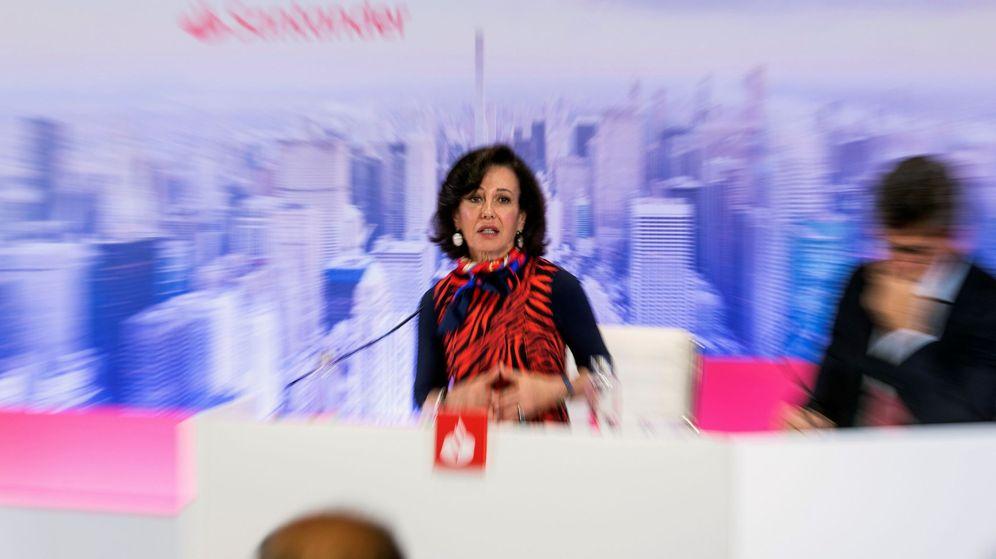 Foto: La presidenta de Banco Santander, Ana Patricia Botín, en un acto de la compañía. (EFE)