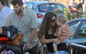 Olivia Molina y Sergio Mur disfrutan del primer verano Vera