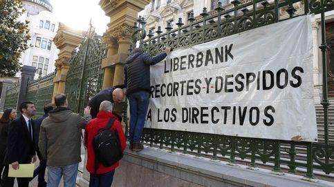 Trabajadores de Liberbank se concentran mañana ante el BdE por los recortes