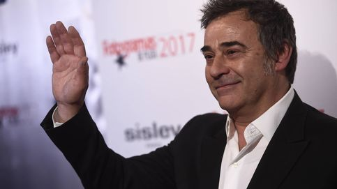 La esposa del actor Eduard Fernández narra su separación del actor en un libro