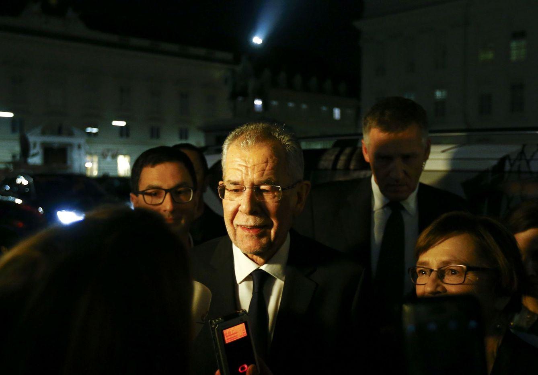Foto: El presidente electo de Austria, Van der Bellen, a su llegada a un programa de TV en Viena, el 4 de diciembre de 2016. (Reuters)