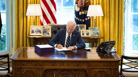 Biden firma el paquete de estimulo económico contra el coronavirus