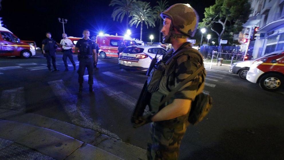 Atentado en Niza: el vídeo de la multitud huyendo tras el atropello