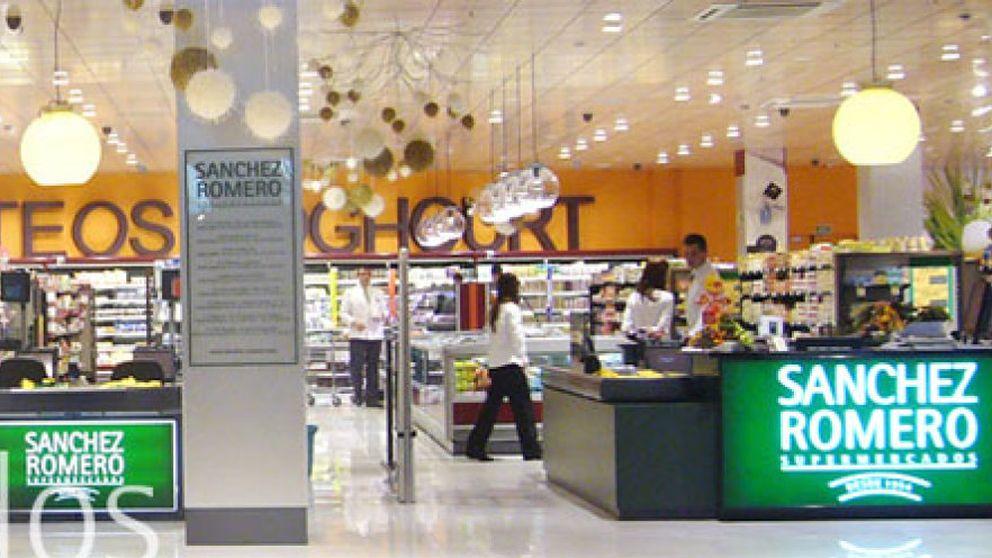 La banca exige ajustar cuentas a Sánchez Romero, el supermercado más caro de España