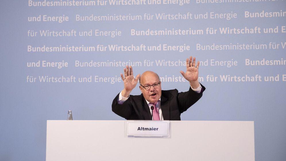 Foto: El ministro de Economía alemán, Peter Altmaier, en una rueda de prensa sobre la compañía este lunes. (EFE)