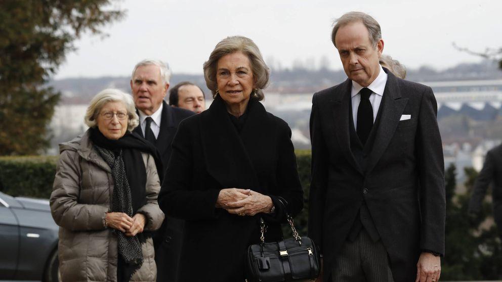 La reina Sofía, el príncipe Hassan y Alberto de Mónaco despiden a Enrique de Orleans