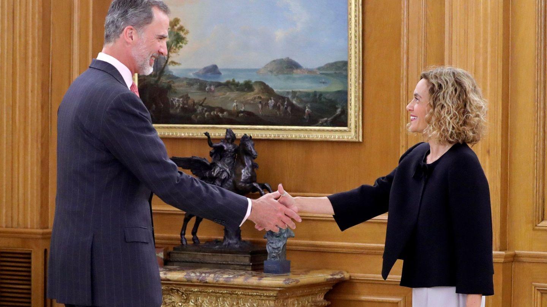 Felipe se reunió este martes con la presidenta del Congreso. (EFE)