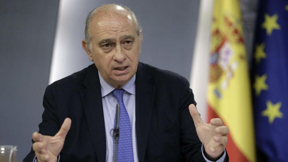 Foto: El ministro del Interior, Jorge Fernández Díaz, durante una rueda de prensa. (Efe)