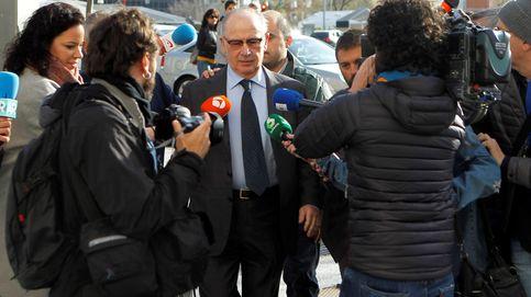 La Fiscalía pide procesar a Rato por llevarse 835.000€ en comisiones y el juez lo pospone