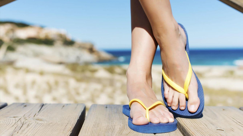 ¿El mejor calzado para el verano? Por qué no debes usar chanclas de dedo