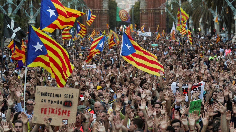 Melé entre independentistas catalanes: todos quieren apropiarse del 1 de octubre