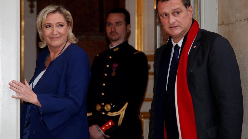 Foto: Marine Le Pen, líder de Reagrupamiento Nacional, y Louis Aliot, nuevo alcalde de Perpiñán, en una imagen de archivo. (Reuters)