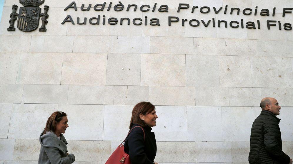 Foto: Isabel Bonig, el día de su comparecencia por el caso de la visita del Papa a Valencia. (EFE)
