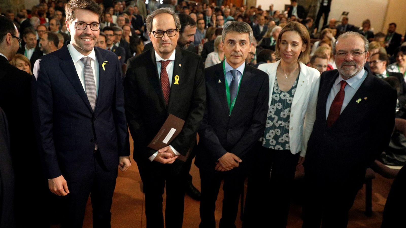 Foto: A la derecha, el presidente de la Diputación de Lleida, Joan Reñé, junto a Quim Torra. (EFE)