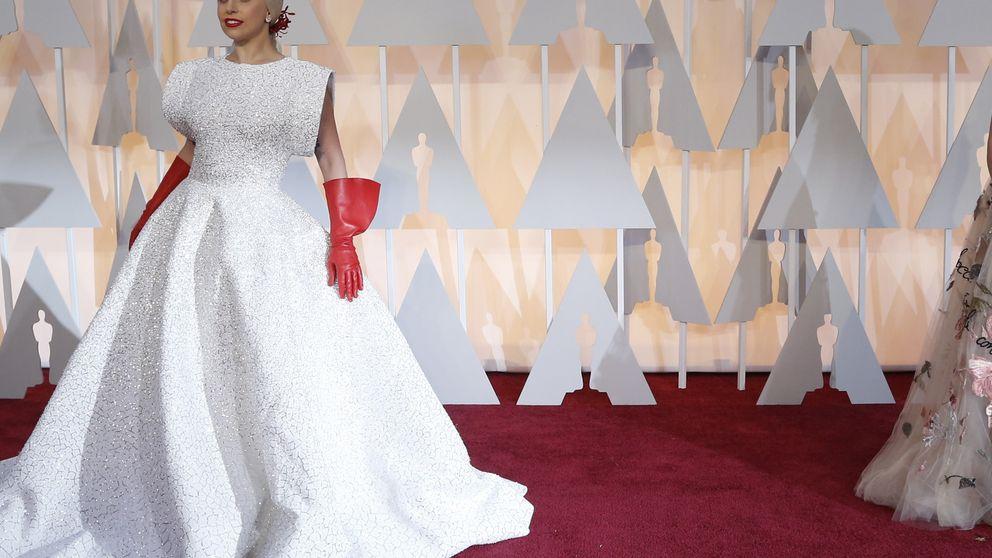 Los guantes de fregar de Gaga y el despeinado de Patricia Arquette