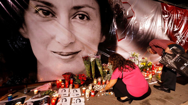 Memorial en recuerdo de la periodista, cuyo asesinato conmocionó a Malta y a la Unión Europea (REUTERS)