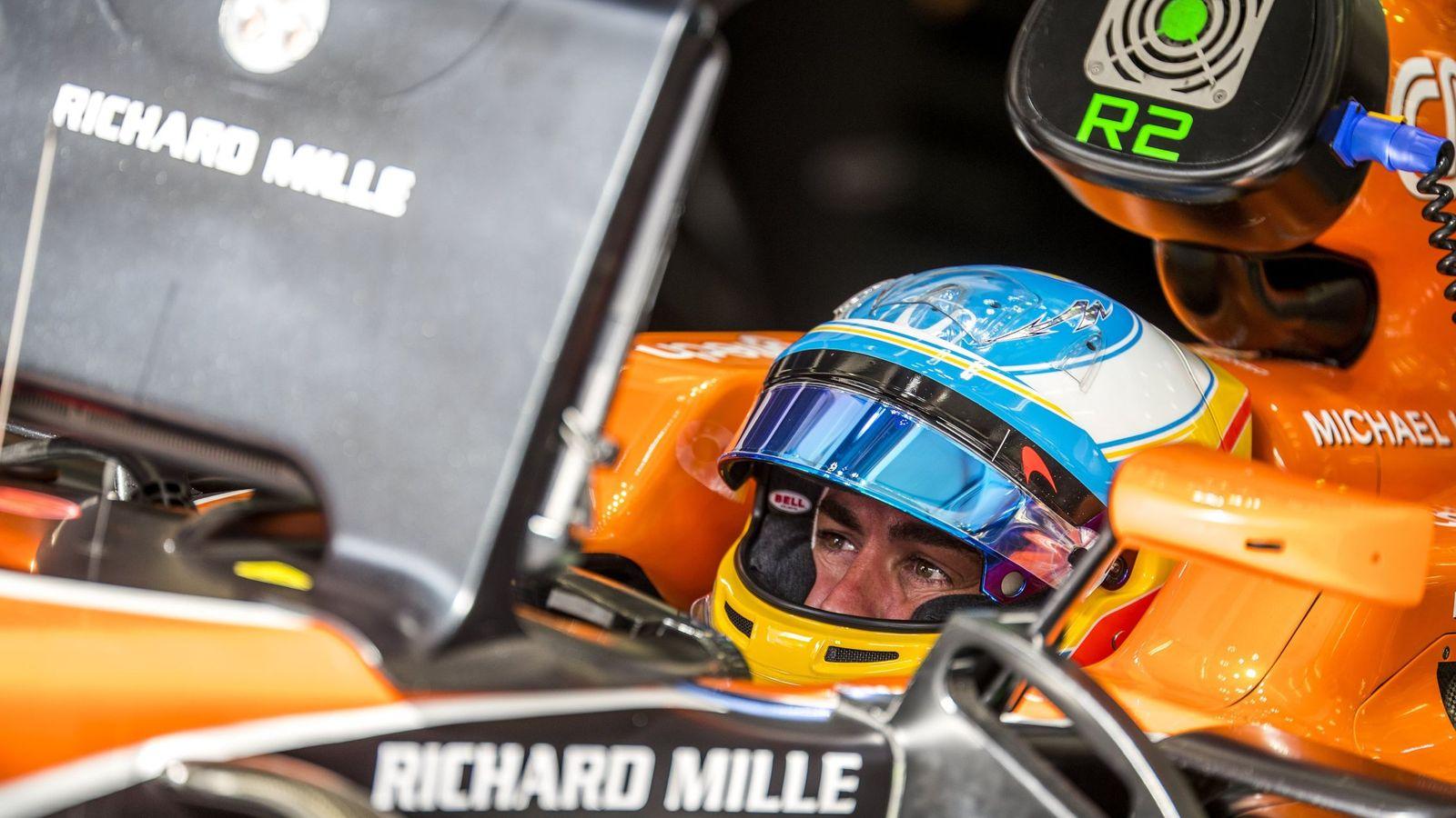 Foto: Nueva decepcionante jornada del McLaren de Fernando Alonso. (EFE)