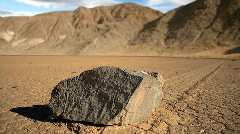 Resuelto el misterio de las rocas viajeras del desierto del Valle de la Muerte (EEUU)