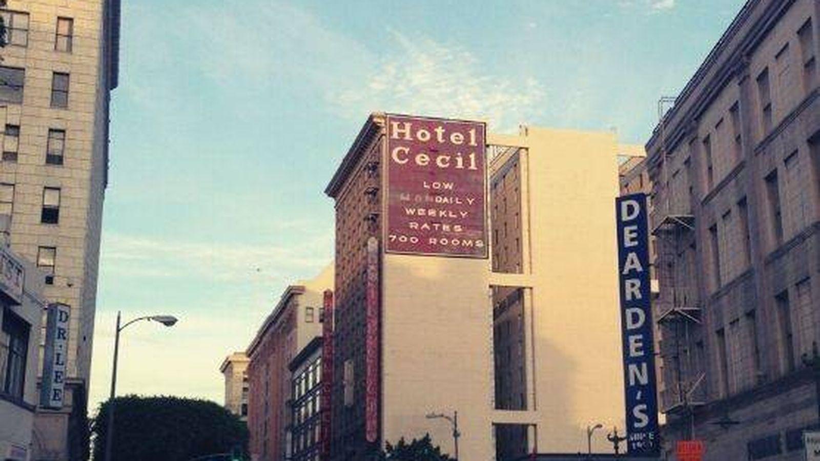 Pánico En El Hotel Cecil Elisa Lam No Fue La única Víctima Que Ocultan Sus Paredes