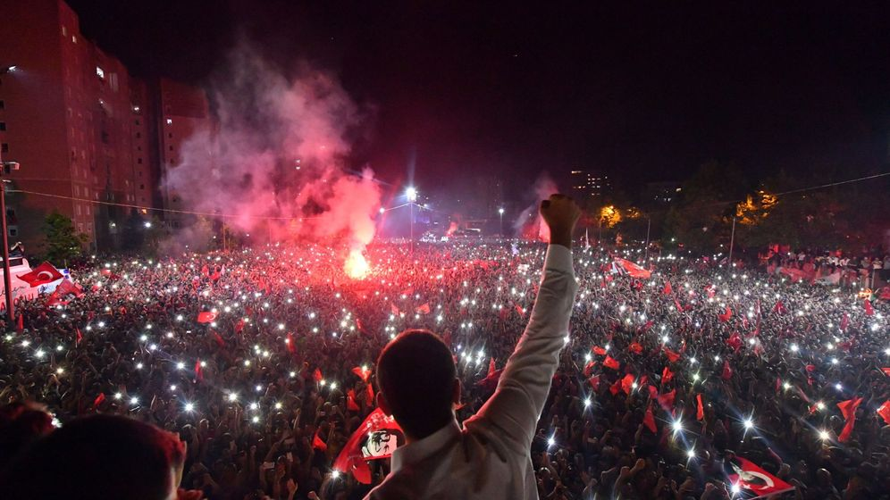 Foto: El opositor Ekrem Imamoglu en Estambul. (Reuters)