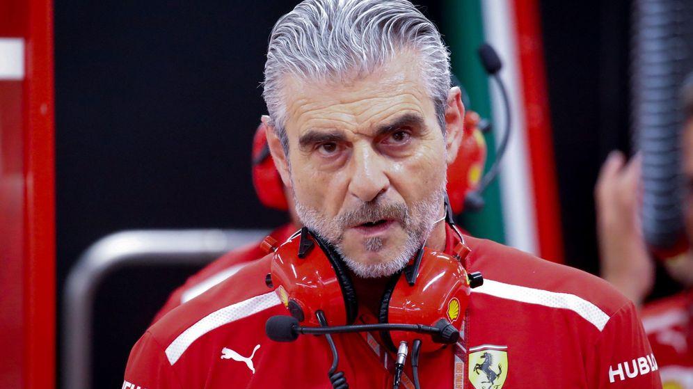Foto: Un cuestionado Arrivabene podría estar ante sus últimas carreras al frente de Ferrari. (EFE)