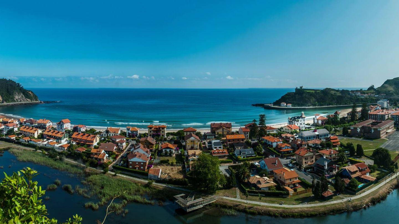 Atención al perfil costero de esta villa marinera. (Foto: Villa Rosario)