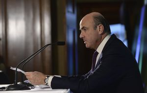 Bruselas saca a España de la lista de países con desequilibrios excesivos