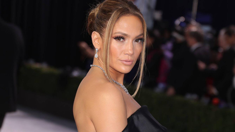 Jennifer Lopez es adicta al truco de maquillaje más juvenil y rejuvenecedor