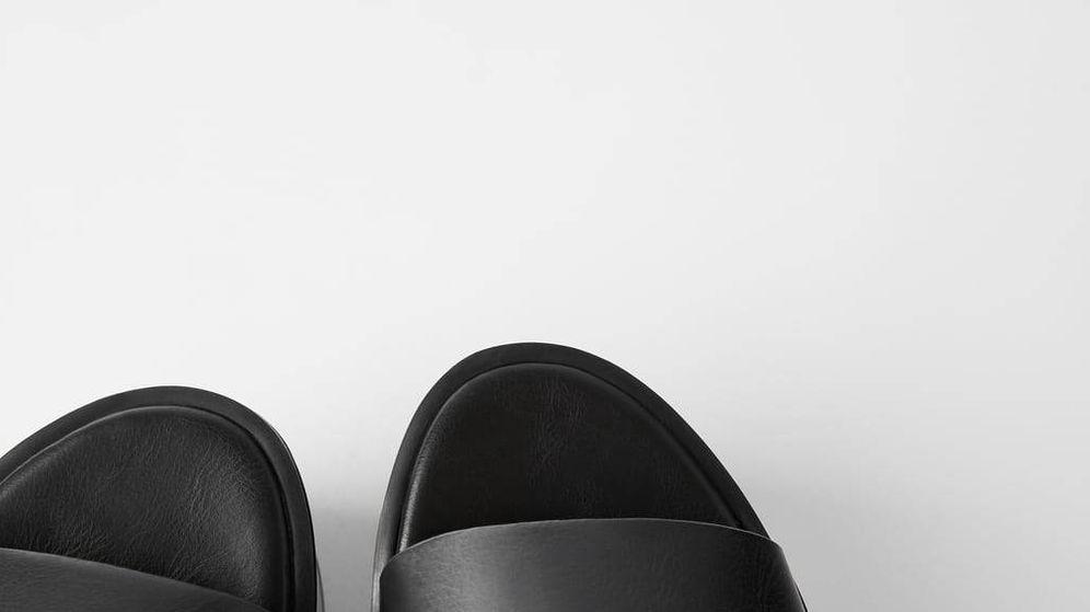 Foto: Estas son las sandalias de Zara. (Cortesía)